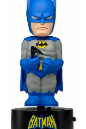 BATMAN BODY KNOCKER BASE GIRATORIA FIGURA 15 CM UNIVERSO DC